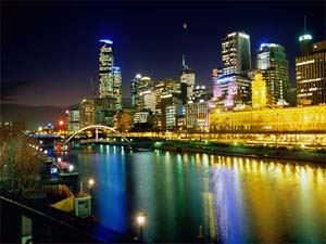 Vista Noturna do Centro de Melbourne